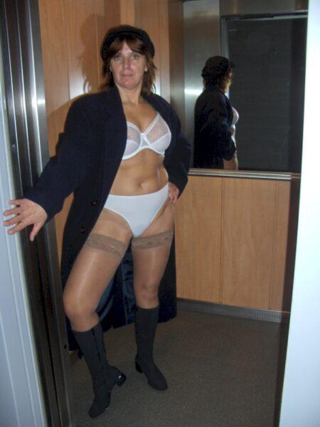 Adopte une femme infidèle sexy jolie